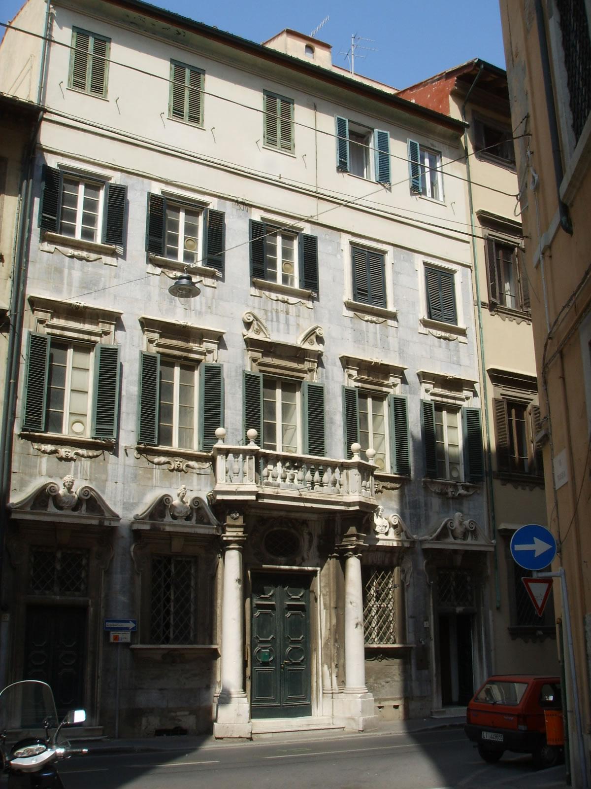 Palazzo colonne di marmo – Effetto Venezia