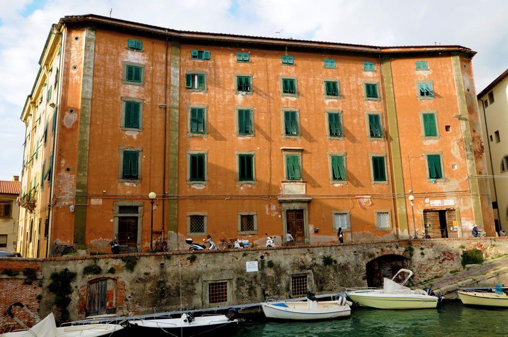 palazzo_del_refugio_livorno_filippelli