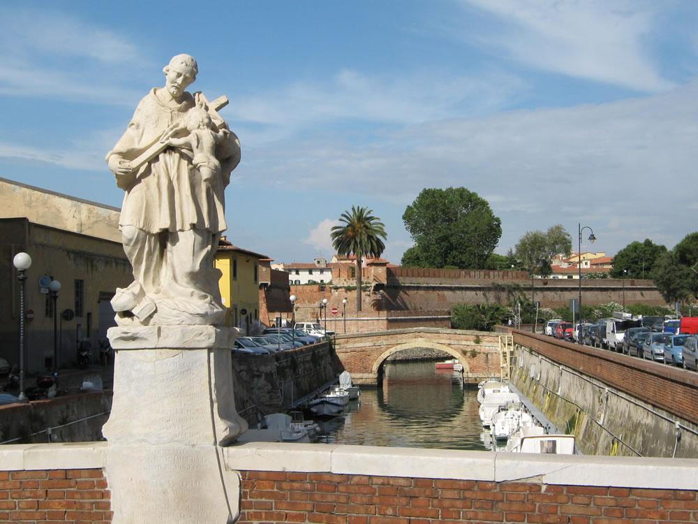 Statua di San Giovanni