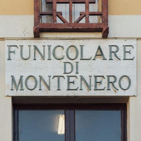livorno_babbo_natale_funicolare_03
