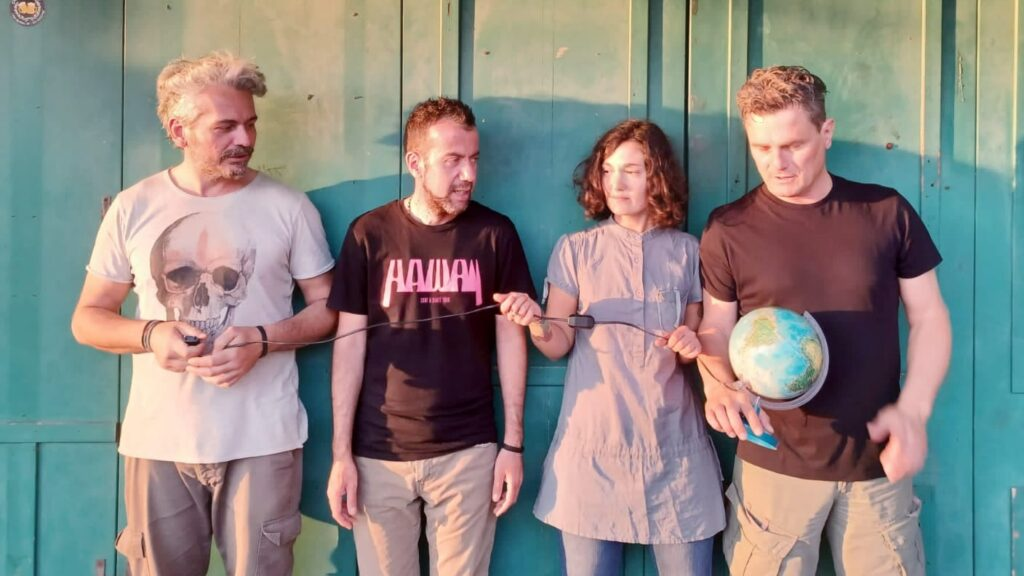 Locousta Band